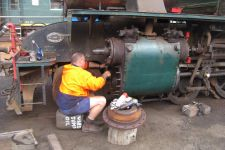 steam-loco-repairs-at-hotham-valley-railway